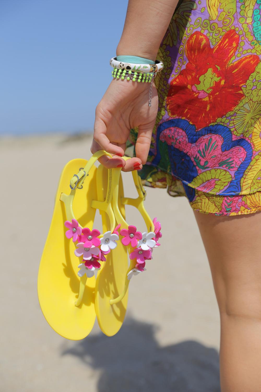 floral-beach-mini-sandals