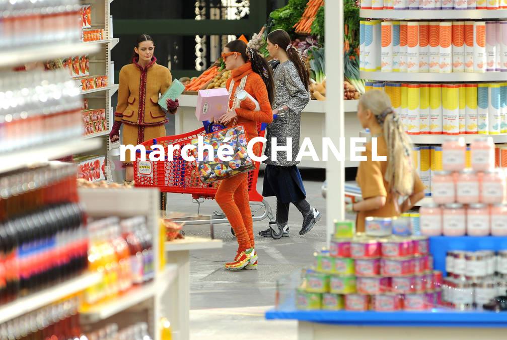 Chanel PFW FW14 Market